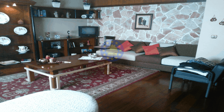 Sale, Apartment 3 bedroom, ismail Qemali Street, Tirane