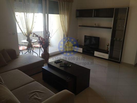 Affitto, Appartamento 2 camere, Via Bogdani, Tirana