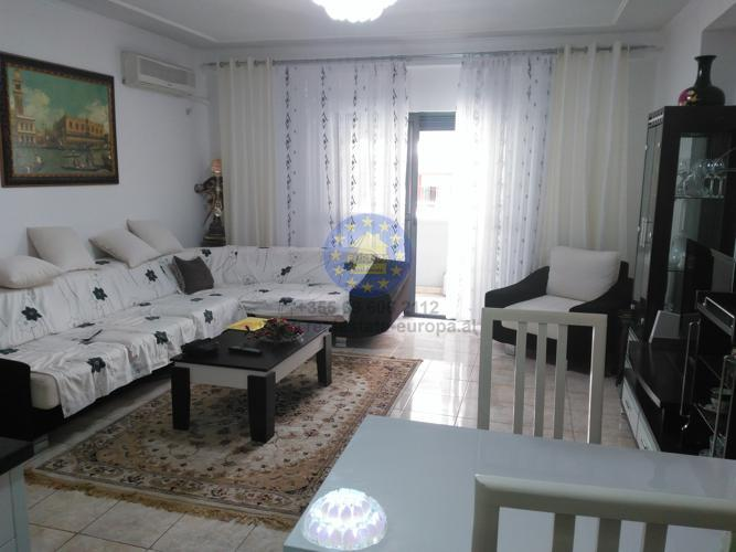 Sale, Apartment 2 bedroom,Komuna Parisit Street , Tirana