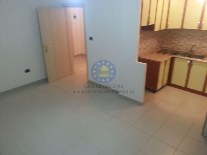 Rent, Apartment 1 Bedroom, Zog i Pare Boulevard, Tirana