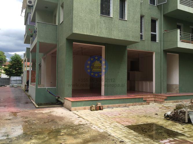 Kiralık, Restorant alani yadi Kahfe, Myslym Shyri Sokağı , Tirana