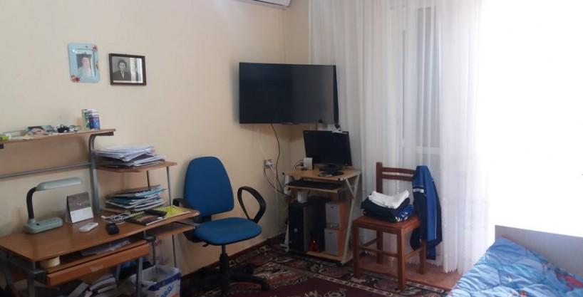 Sale, Apartment 2 Bedrooms, Vaso Pasha Street , Tirana