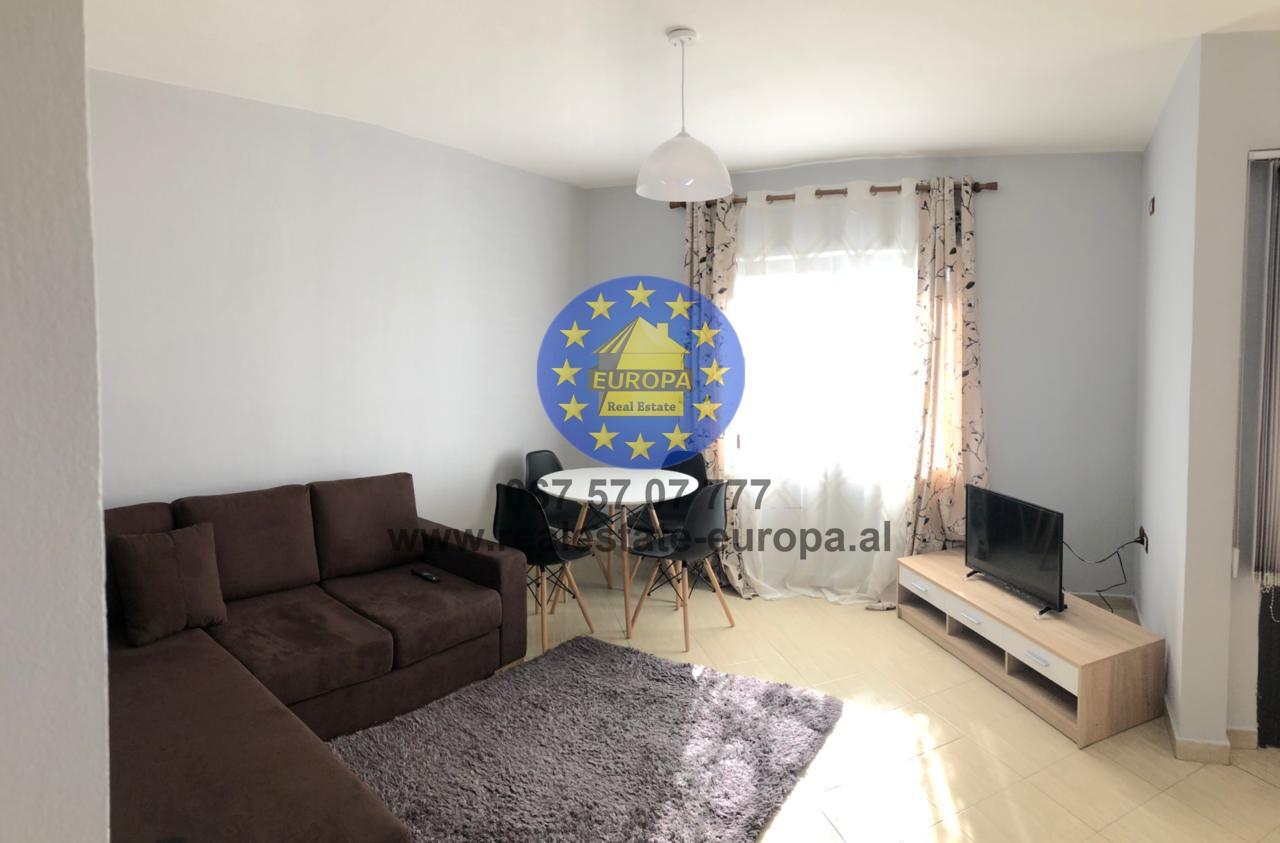 (Shqip) Qera,ID 219206,Ap 1+1,blv Bajram Curri,Cmimi 285 euro.