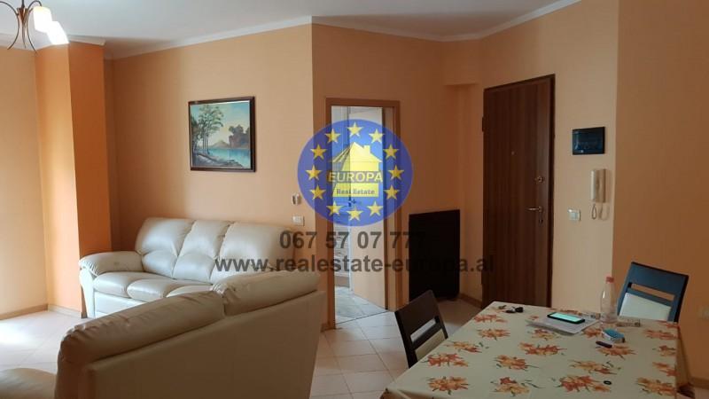 (Shqip) Qera,ID 221867,Ap 2+1,rr Margarita Tutulani,Cmimi 500 Euro.