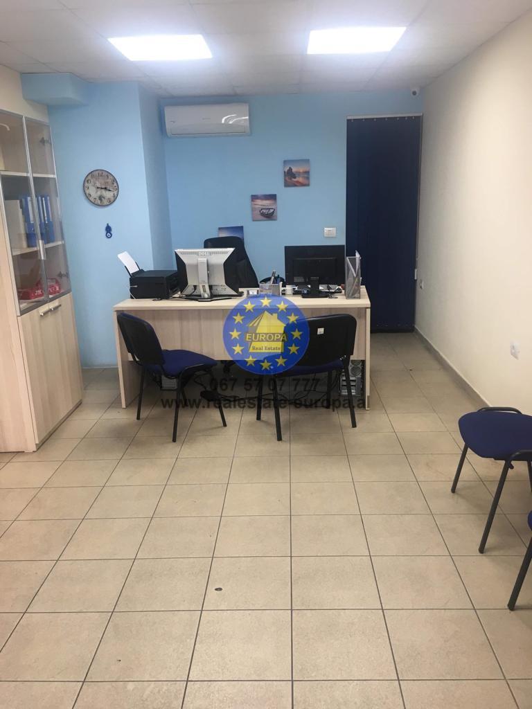 (Shqip) Shitet,Dyqan,ID 171540,Rruga e Durresit,Cmimi 129.000 Euro.