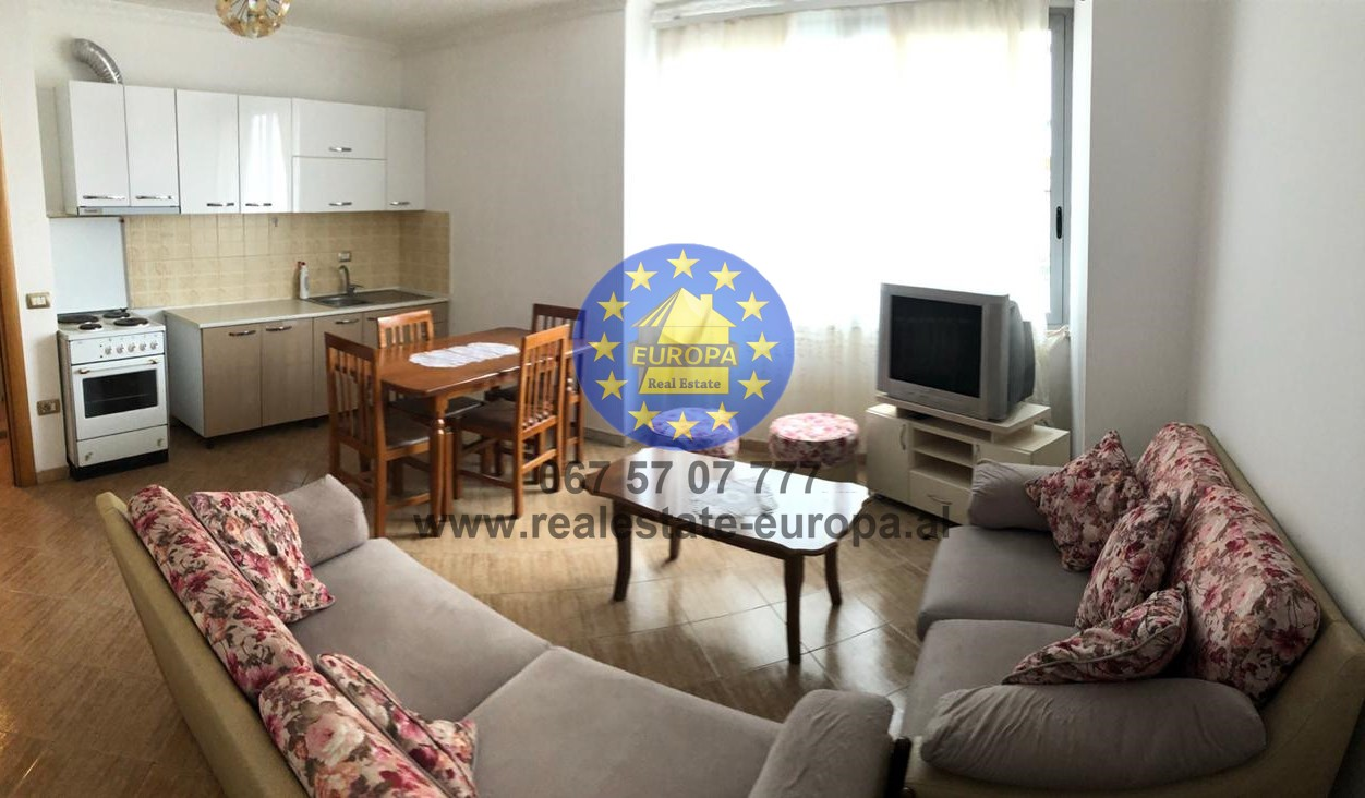 (Shqip) (ID 211553) Jepet me Qera Ap 1+1, Zogu i Zi, prane rrethrrotullimit te Ringut, Cmimi 245 Euro